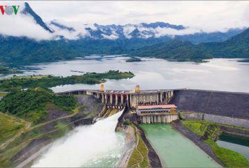Những trải nghiệm chỉ có ở hồ Thủy điện Tuyên Quang