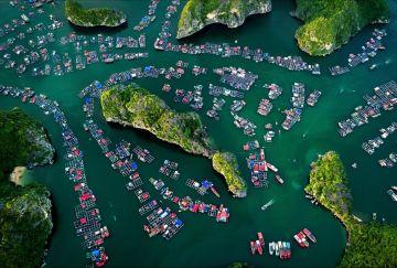 Miền núi, nông thôn, thành phố rực sắc màu qua ảnh 'Dấu ấn Việt Nam'