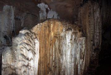 Khám phá Hang Nhím trên cao nguyên đá Hà Giang